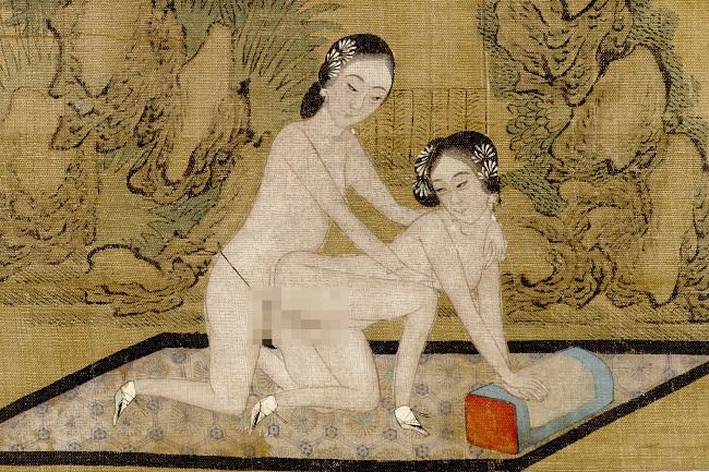 scroll-20-lesbian-figures